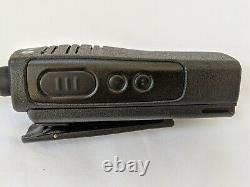 Motorola Rdx Rdv2020 Vhf Radio À Deux Voies. 2 Watts / 2 Voies