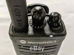 Motorola Rdx Rdv5100 Vhf Radio Bidirectionnelle. 5 Watts / 10 Canaux