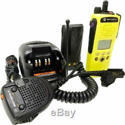 Motorola Uhf 380-470 Mhz Xts2500 P25 numérique Radio Bidirectionnelle Smartzone Adp Des-ofb