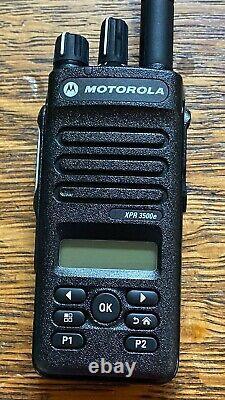 Motorola Xpr3500e Aah02rdh9va1an Digital Radio Bidirectionnelle Bon Etat