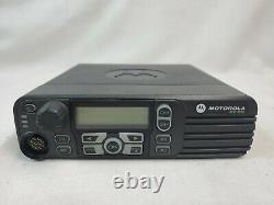 Motorola Xpr4550 Two Way Radio 403-470 Mhz, Uhf 25-40 Watt Extras Testée Eb-4201