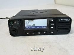 Motorola Xpr 5550e -vhf 136-174 Mhz Digital Radio Mobile À Double Sens Aam28jqn9ra1an