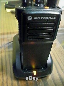 Motorola Xpr 7350e Vhf Mototrbo Dmr Numérique À Deux Voies Portable Radio Fast Ship