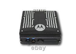 Motorola Xtl2500 P25 Digital 30 Watt 900 Mhz (cable De Radio Et D'alimentation Seulement)