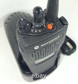 Motorola Xts1500 700 800 Mhz P25 Digital Portable Two-way Radio H66ucd9pw5bn