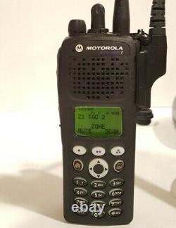 Motorola Xts2500i Uhf 380-470 Mhz Military Police Fire Ems Digital Two-way Radio