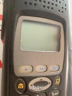 Motorola Xts5000 800mhz M3 Légèrement Utilisé Un Cond Avec Fpp Desofb/xl Dernier Firmware