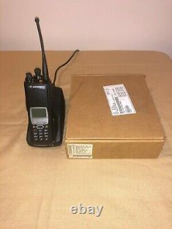 Motorola Xts5000 III Uhf Q Fractionné 380-470 Mhz Radio Avec Nsa Type-1 Et 4x Crypto