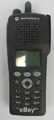 Motorola Xts 2500 Modèle 3 H46uch9pw2bn Uhf 764-870 Mhz Radio Bidirectionnelle Avec Chargeur