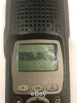 Motorola Xts 5000 Modèle III P25 Uhf R2 450-512 Mhz Two Way Radio Fpp
