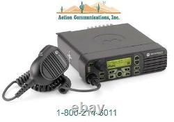 Nouveau Motorola Xpr 4550, Uhf 403-470 Mhz, 40w, 1000 Channel Two Way Radio