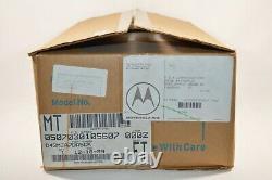 Nouveau Vtg 1989 Motorola Maxtrac 300 32ch Vhf Radio À 2 Voies Avec Antenne & MIC Nib