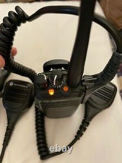 Paire De Motorola Xpr 6350 (two) 403-470mhz 4w Two Way Radio Walkie Talkie (utilisé)
